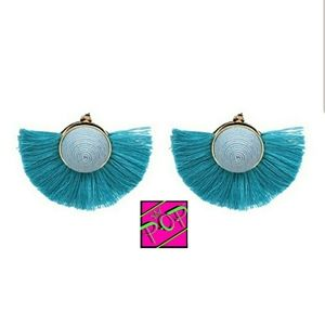 Jewelry - Blue fan fringe stud statement earrings